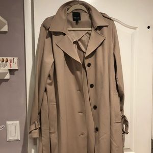 NWT Vera Wang trench coat XL *make me an offer!